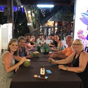 dinner and drinks in thailand