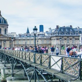 Paris_love bridge